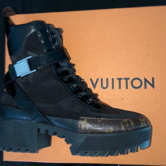e20d004ac9b2 Louis Vuitton Shoes - Laureate Platform Desert Boot
